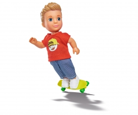 EVI LOVE TIMMY ET SON SKATEBOARD