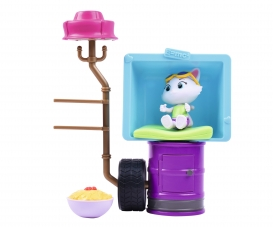 44 CHATS DELUXE PLAYSET/MILADY