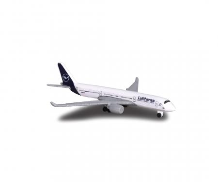 Creatix Lufthansa Airport Hangar +  1 airplane