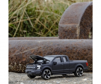 Ford Raptor + Sammelkarte