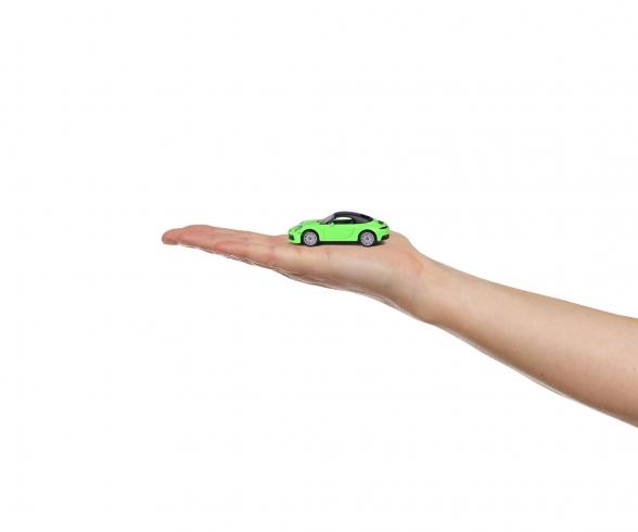 Deluxe Porsche 911 Carrera S + Collectors box, 1 Piece