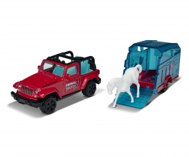 Jeep mit Pferdeanhänger und Pferd