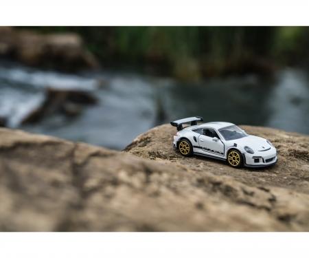 Racing Porsche 911 GT3 RS