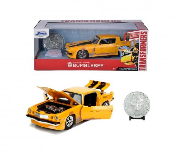 Transformers 1977 Chevy Camaro 1:24