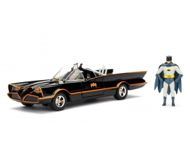 Batman 1966 Classic Batmobile 1:24