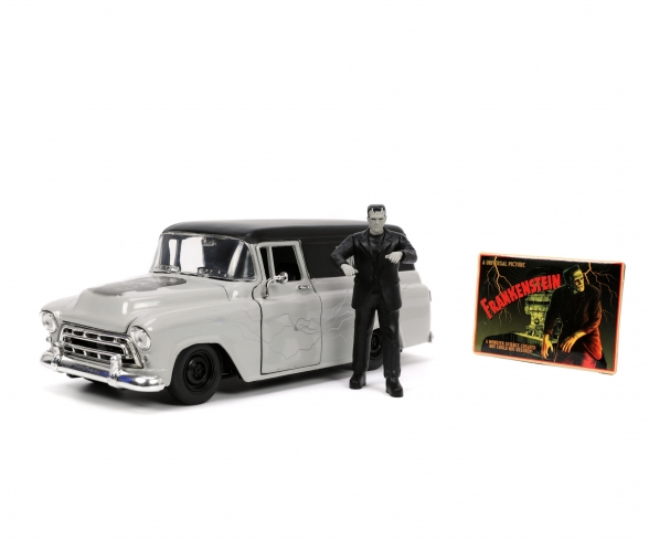 Frankenstein 1957 Chevy Suburban 1:24
