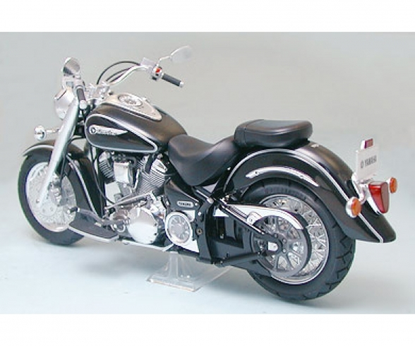 1:12 Yamaha XV1600 Road Star 1999