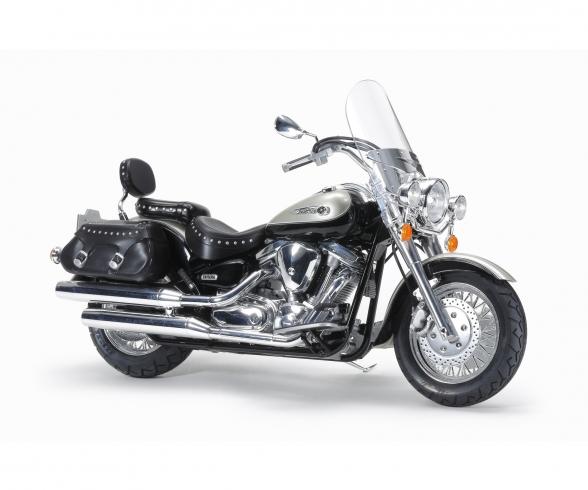 1:12 Yamaha XV1600 RoadStar Custom