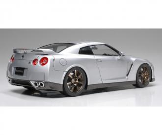 1:24 Nissan GT-R Strassenversion