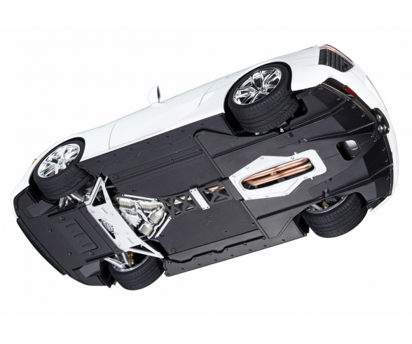 1:24 Lexux LFA V10 Roadver. w/PE-Parts