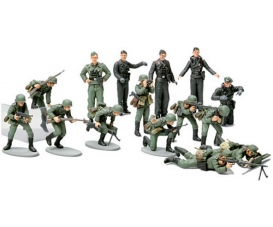 1:48 WWII Figure-Set Ger.Infantary (15)