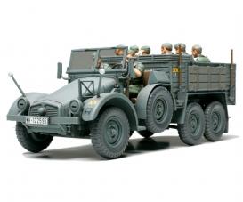 1:48 Ger. Truck Krupp Protze w/8 Fig.