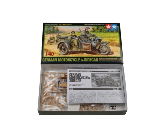 1:48 WWII German Motorcycle&Sidecar (2)