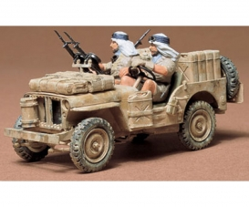 1:35 WWII British S.A.S Jeep (2)