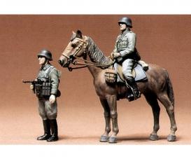 1:35 Dt. Fig. Infanterie (beritten) (2)