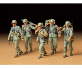 1:35 WWII Fig.-Set MG-Crew Maneuver (5)