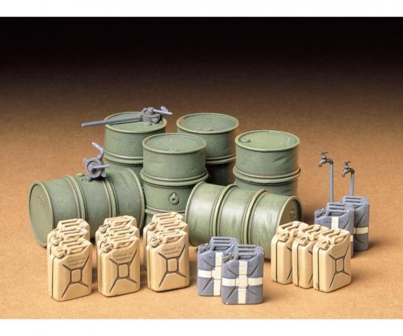 1:35 Diorama-Set Ger.Barrel & Jerry Can