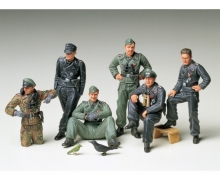 1:35 ig-Set Ger. Tank Crew Rest(6)