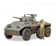 1:35 WWII US Light Arm.Tank Greyhound(1)