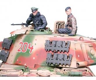 1:35 WWII Dt. Kingtiger Ardennen Fro.(3)