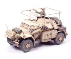 1:35 WWII SdKfz.223 Light Arm.Vehicle(2)