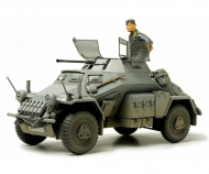 1:35 WWII SdKfz.222 Light Arm. Vehic.(1)