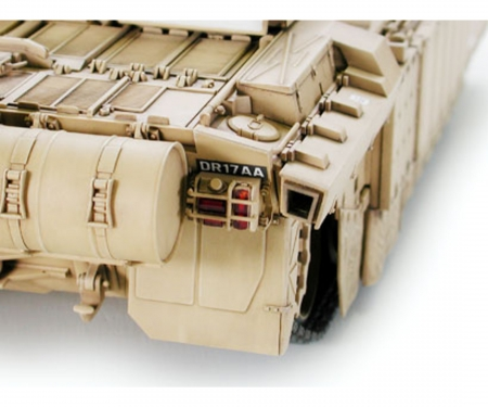 1:35 Brit. MBT Challenger 2 Desertis.(2)