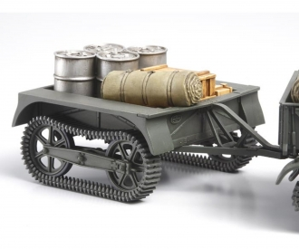 1:35 French Armored Carrier w/Trai.(4)