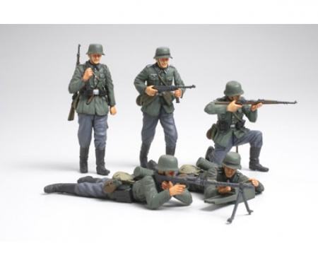 1:35 WWII Fig-Set Dt. Infant. Frankr.(5)