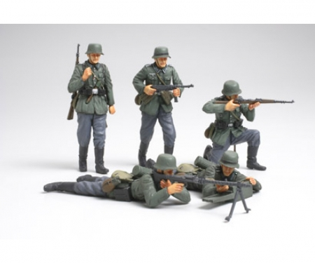 1:35 WWII Fig-Set Ger.Infant. French (5)