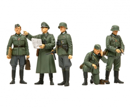 1:35 WWII Fig-Set Ger. Fi.Commander (5)