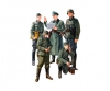 1:35 WWII Fig-Set Ger. Fi.Commander (5)