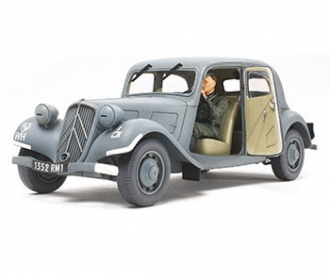 1:35 WWII Fr.Citroen Traction Dienst.(1)
