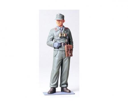 1:16 Figur Deutscher Panzersoldat