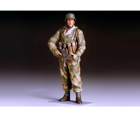 1:16 WWII Figur Dt. Infant.Soldat Winter
