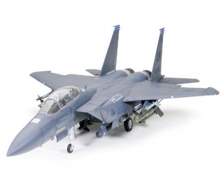 1:32 Bo.F-15E Strike Eagle Bunker Buster
