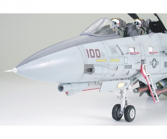 1:32 Grumman F-14A Tomcat Black Knights