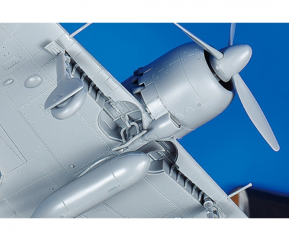 1:72 WWII Mitsubishi A6M5 Zero Fighter