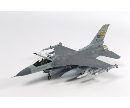 1:72 F-16CJ Fighting Falcon m.Zurüsttei.