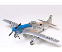 1:48 US North American P-51D Mustang