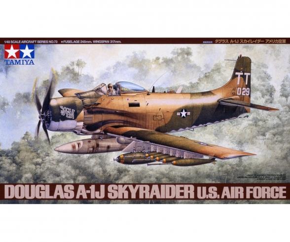 1:48 WWII Douglas A-1J Skyrider USAF
