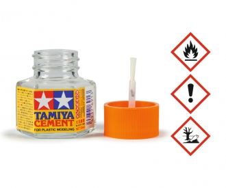 Tamiya Cement w/Brush 20ml