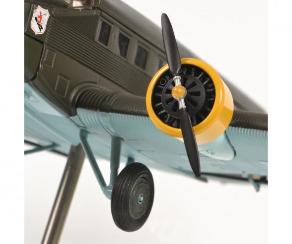 """Junkers Ju52/3m """"Amicale Jean-Baptiste Salis"""", olive, 1:72"""