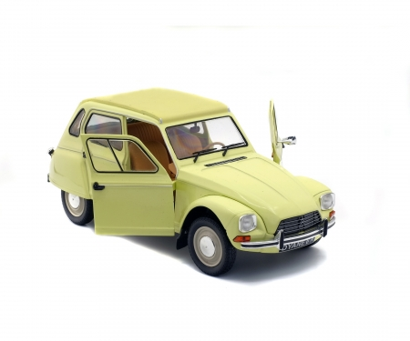 1:18 Citroen Dyane, yellow