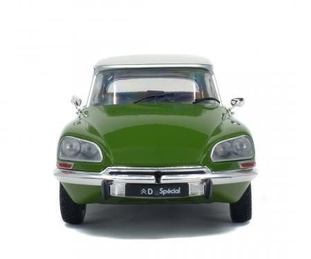 1:18 Citroën DS grün