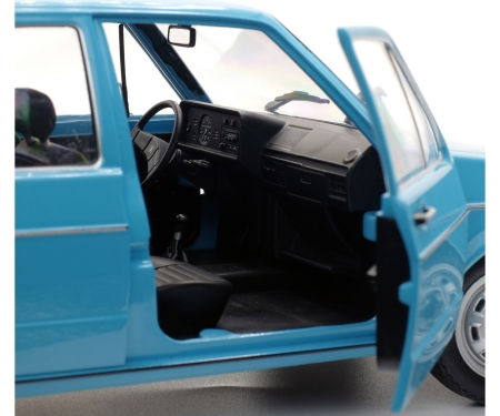 1:18 VW Golf L, blue, 1983