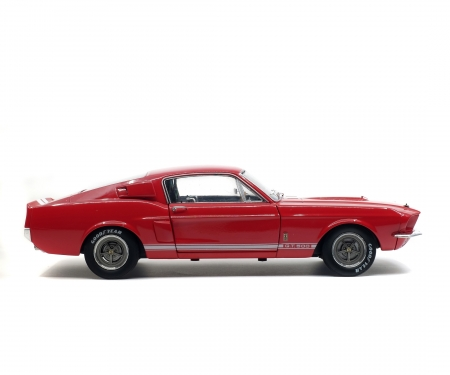 1:18 Shelby Mustang GT 500, rot