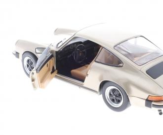 1:18 Porsche 930 3.2 L SC