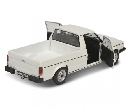 1:18 VW Caddy white