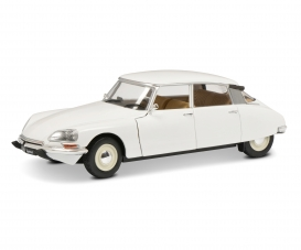 1:18 Citroёn DS white